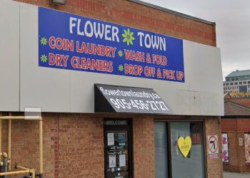 Brampton dry cleaner Flower Town Coin Laundry & Dry Cleaners