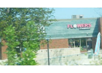 Barrie florist Flowers and Pine World