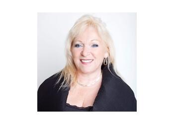 Terrebonne real estate agent Francine Thibeault - Vendirect Agent immobilier
