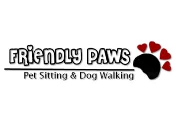 Winnipeg dog walker Friendly Paws Pet Sitting & Dog Walking