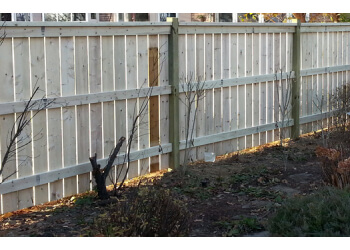 St Catharines fencing contractor GARDEN CITY FENCE