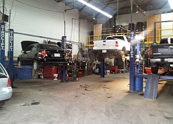 Blainville car repair shop Garage Pro-Mechanics Station