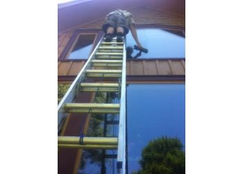 Huntsville window cleaner Gleam Window Cleaning