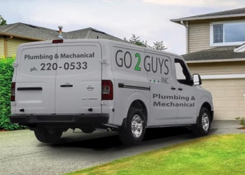 Saskatoon roofing contractor Go 2 Guys Inc.