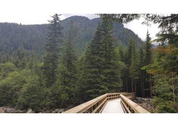 Maple Ridge hiking trail Golden Ears Provincial Park