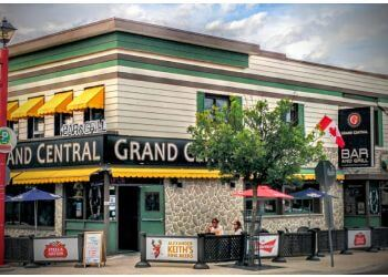 Niagara Falls sports bar Grand Central Bar and Grill