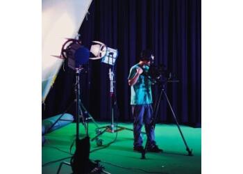 Oakville videographer Groovy Concepts Inc