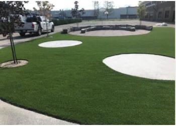 Terrebonne landscaping company Groupe Innovert - Gazon Synthetique