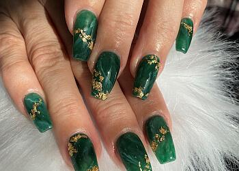 Kitchener nail salon HURON Nail Salon & Spa