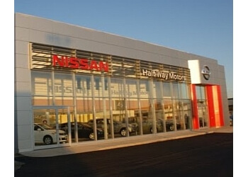 Thunder Bay car dealership Half-Way Motors Nissan Ltd.