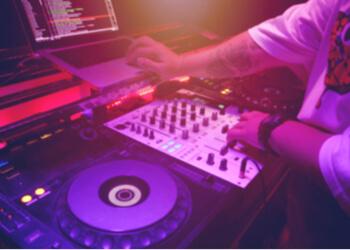 Saint John dj Hitman DJ Service (Troy Gallant)