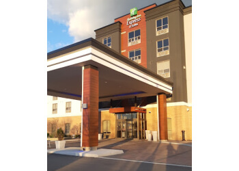 Milton hotel Holiday Inn Express & Suites