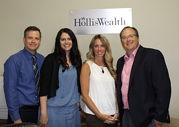 Kelowna financial service HollisWealth