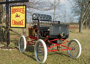 Kawartha Lakes places to see Horseless Carriage Museum