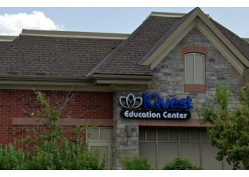 Brampton tutoring center IQuest Education Center