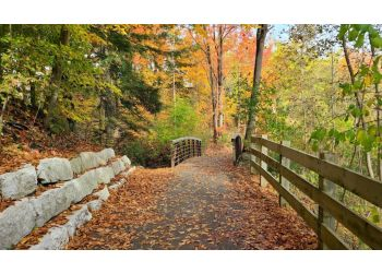 Oakville hiking trail Joshua's Valley Park