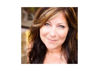 Ajax mortgage broker Julie Stamp