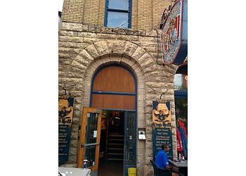 Winnipeg pub KING'S HEAD PUB