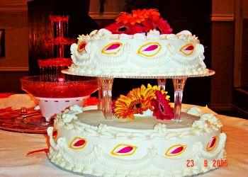Delta cake Kam-Oak Bakery
