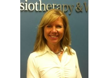 Welland physical therapist Karen Tausendfreund, BSc.PT, CAMA, MCPA