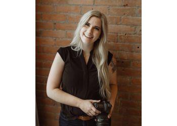 Lethbridge wedding photographer Katlyn Jane Photography & Weddings