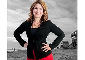 Welland real estate agent Kristyn  Robins