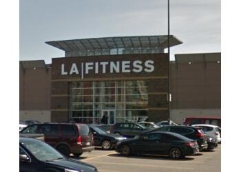 Oshawa gym LA Fitness