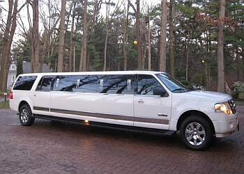 Whitby limo service LIFESTYLE LIMOUSINE