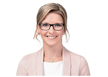 Saguenay real estate lawyer LOU-ANNE Frigon