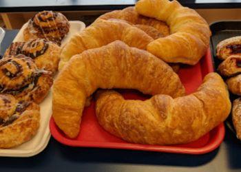 Niagara Falls bakery La Farina Bakery