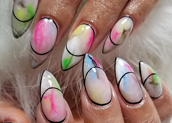 Vancouver nail salon La Lotus Nails Spa