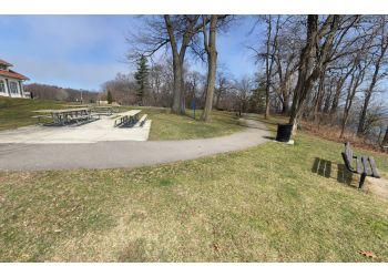 Burlington public park LaSalle Park