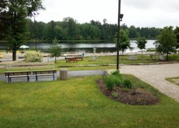 Gatineau public park Lac Beauchamp Park