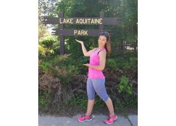 Mississauga hiking trail Lake Aquitaine Park Trail