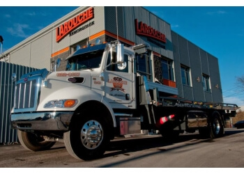 Quebec towing service Larouche Towing Inc.