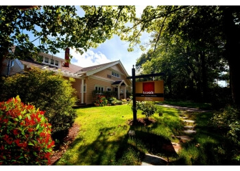St Johns bed and breakfast  Leaside Manor