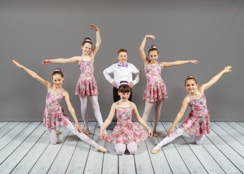 Kingston dance school Leisa's School Of Dance