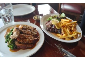 Vancouver french cuisine Les Faux Bourgeois