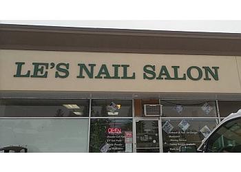 Lethbridge nail salon Le's Nail Salon