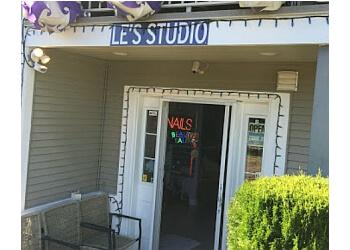 Nanaimo nail salon Le's Studio