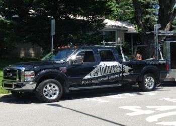 Longueuil roofing contractor Les Toitures S.S.