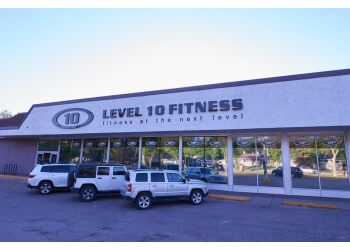 Regina gym Level 10 Fitness