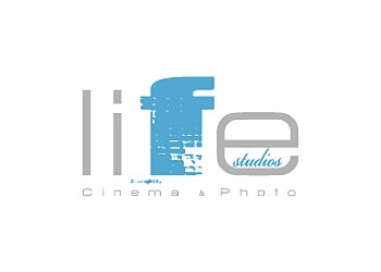 Vancouver videographer LIFE STUDIOS INC.
