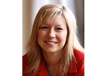 Lisa Van Hezewijk, MSW, RSW