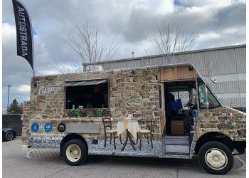 Aurora food truck Livia's Food Truck
