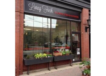Kitchener florist Living Fresh Flower Studio
