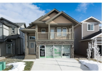 Airdrie home builder Loreck Homes