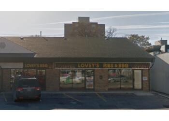 Winnipeg bbq restaurant Lovey's BBQ