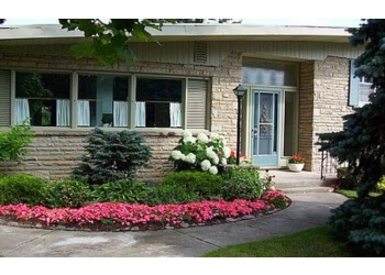 Guelph bed and breakfast Lyon's Den Bed & Breakfast