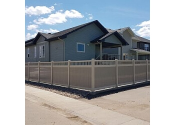 Sherwood Park fencing contractor MKM FENCING